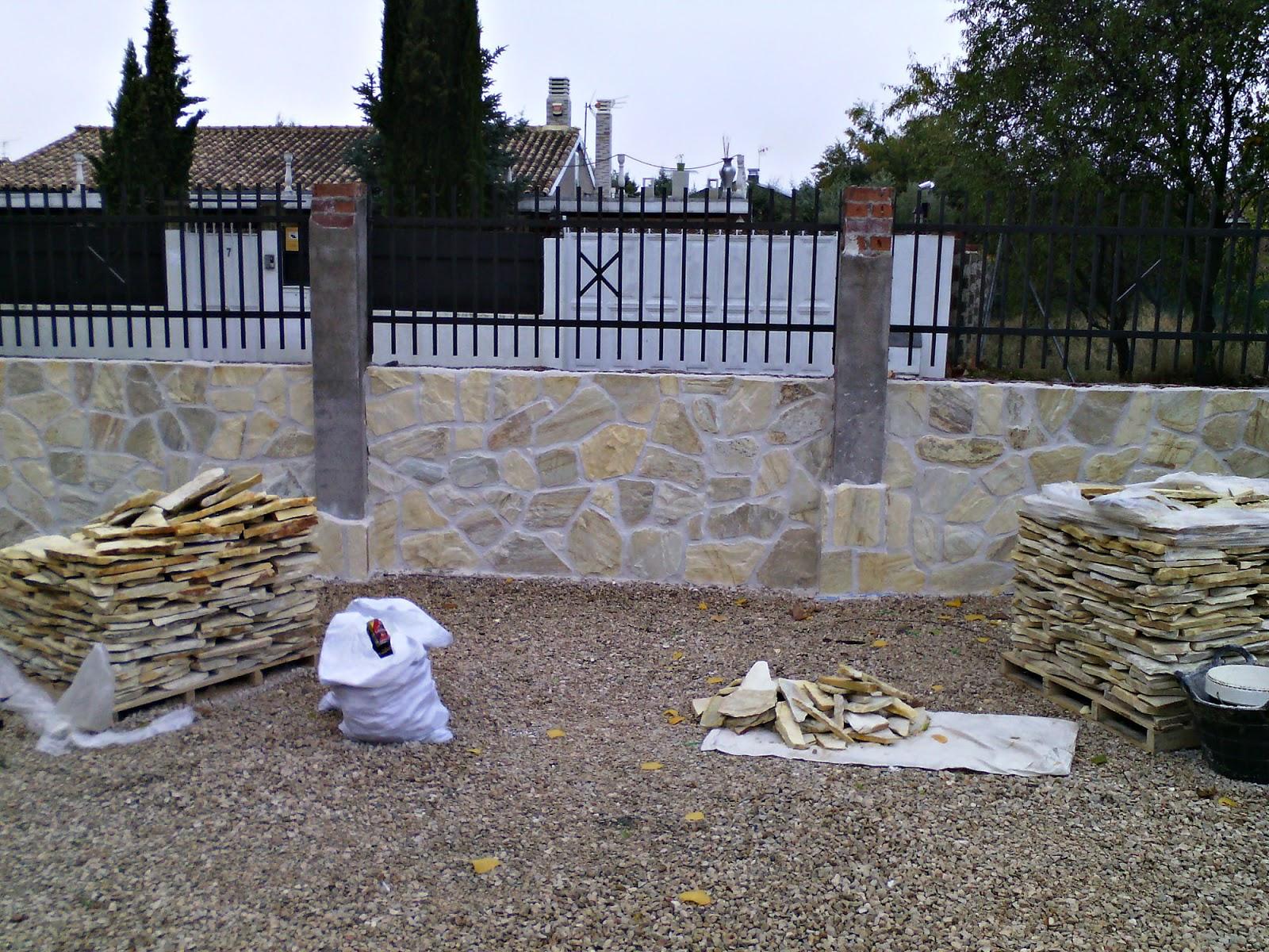 Vallas de bloques de hormigon good bloques de hormign colocacin de los bloques aabh with vallas - Vallas de piedra ...