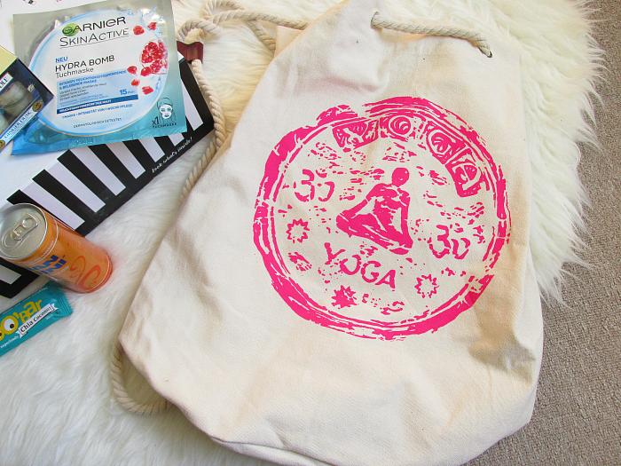 """Unboxing: La Petite Box Januar - """"Well Being"""" , Yoga Sailor Bag, Accessoires"""