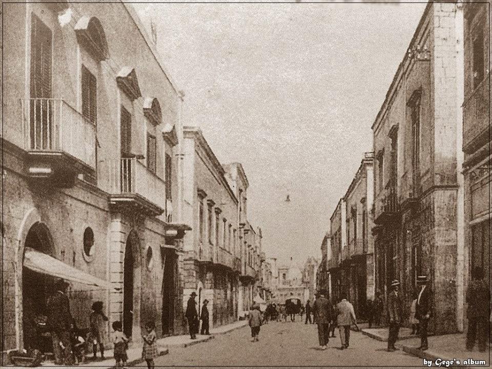 Molfetta nel passato margherita di savoia e la sua for Case del castello francese