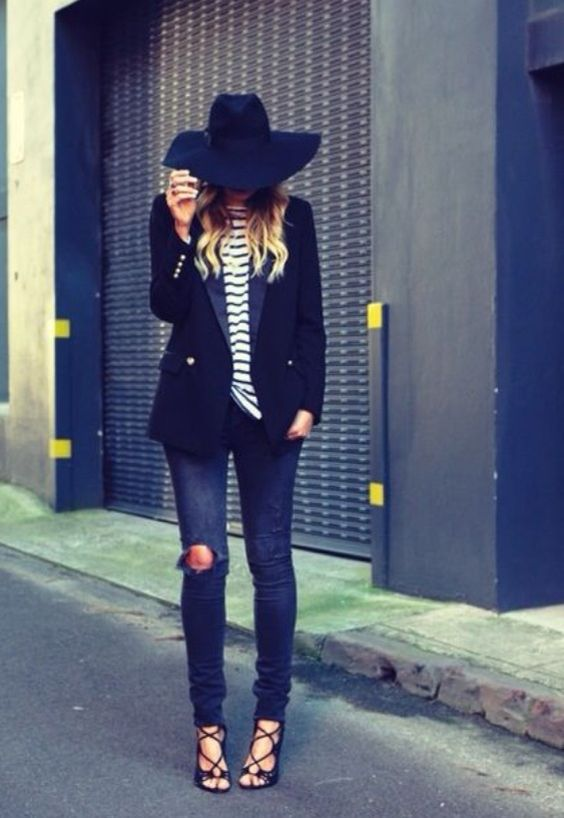 Top 5 Adorable Street Style Navy Dress And Hat