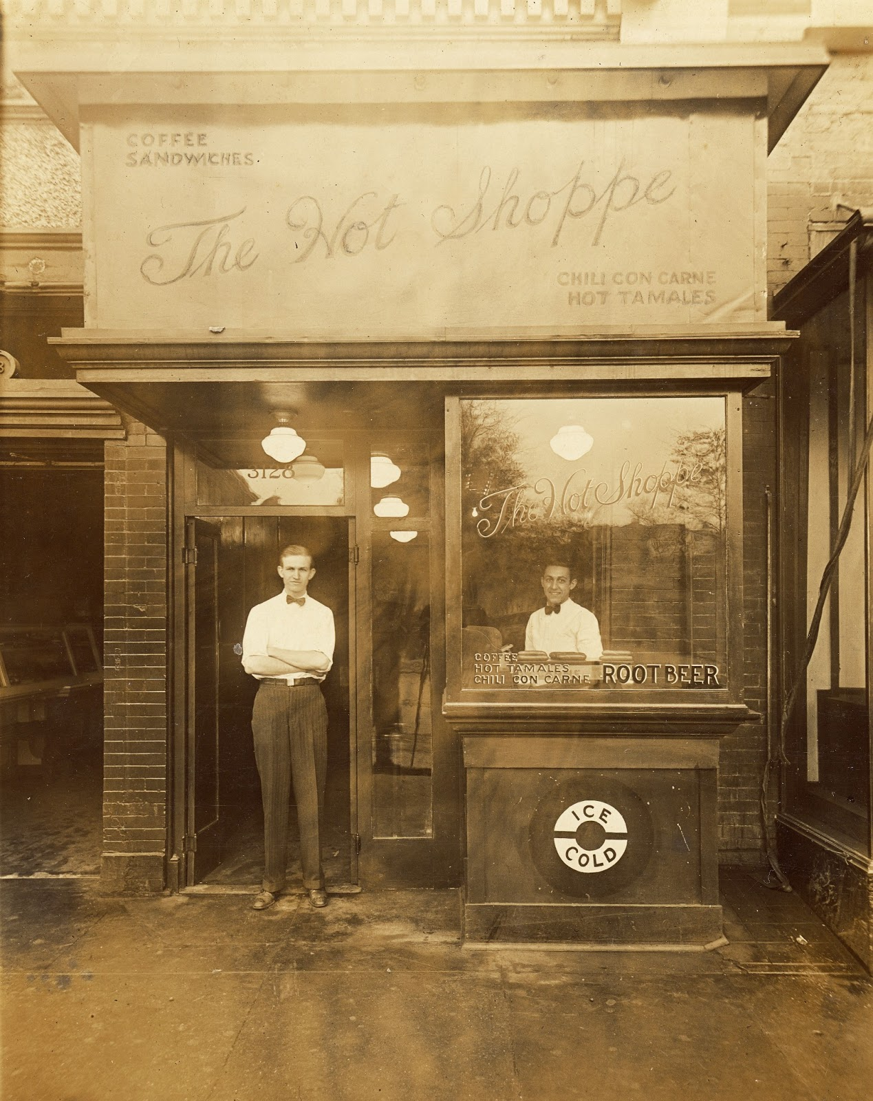 cac1051c4eb5 The original Hot Shoppe on 14th Street (photo courtesy Historic Photographs  collection