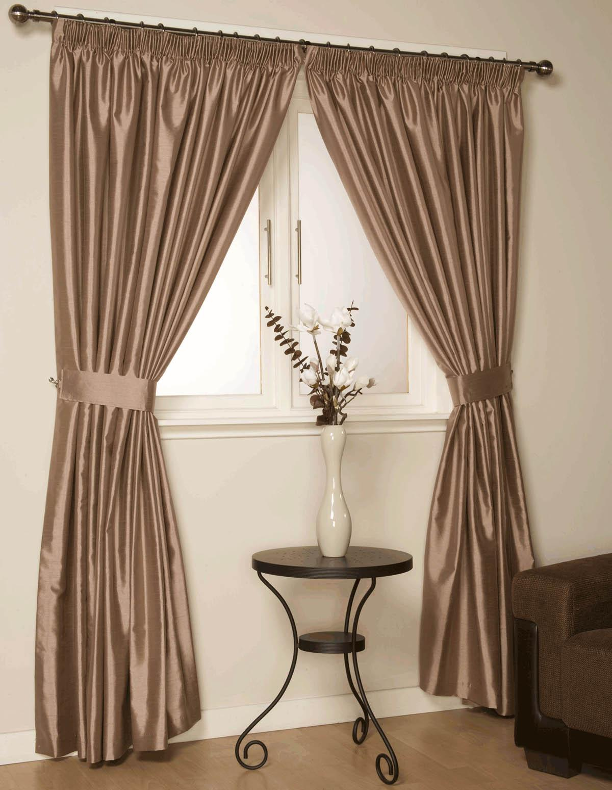 Curtains For Rods Room Dividers Rooms Round Bay Windows