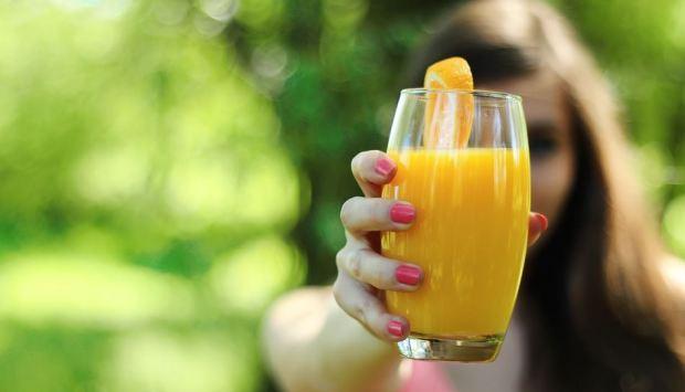 Turunkan Berat Badan dengan Detoks Diet