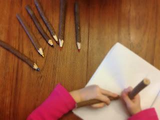 Ruminating Mommy 2016, reviews, children, pencil crayons, DIY, art, crafts, green, wood