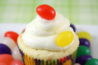 http://www.chocolatemoosey.com/2012/05/04/jelly-bean-cupcakes/