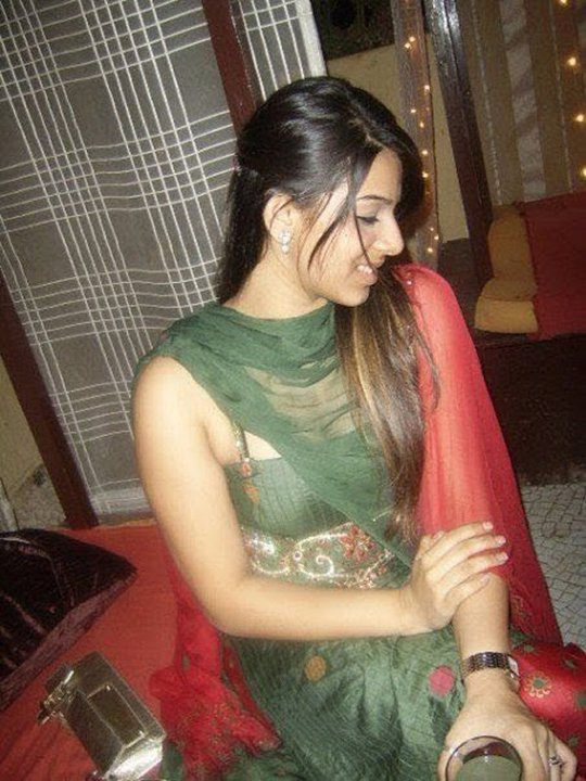 Nude pakistani girls in beach, fullyclothedsex oil