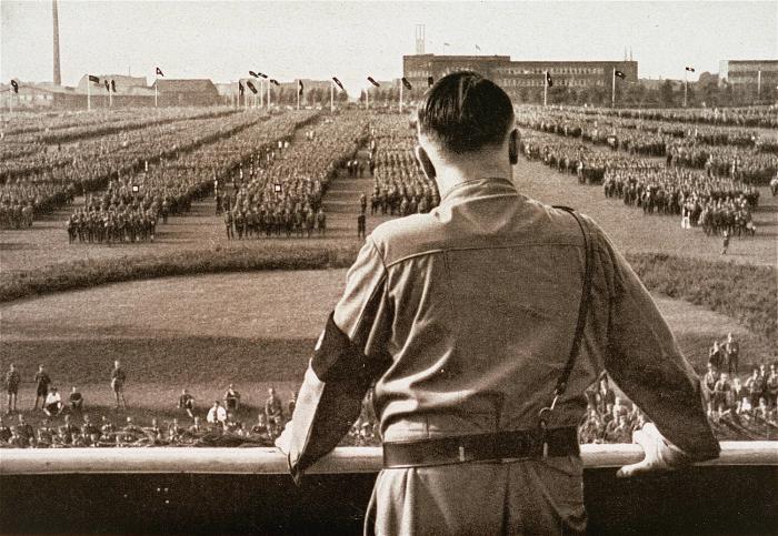 Misteri Kematian Adolf Hitler yang Membingungkan Dunia