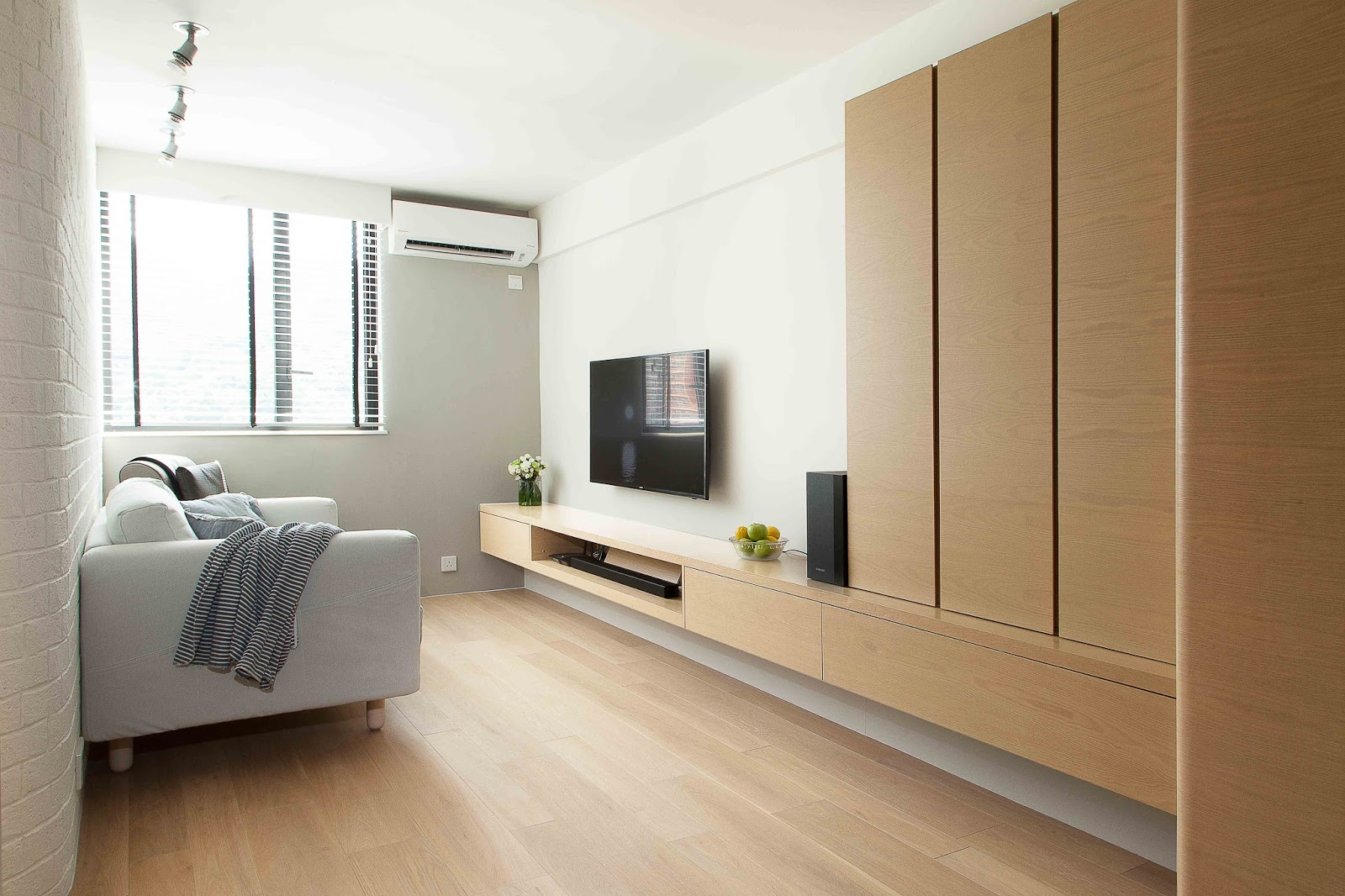 japanese minimalist furniture. Coming Up With The Design For This Apartment In High Street, Clifton Drew Inspiration From Japanese Minimalism And Colonial Grandeur Through Use Of A Minimalist Furniture N