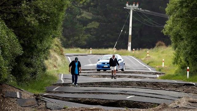 Two killed as powerful quake, aftershocks jolt New Zealand