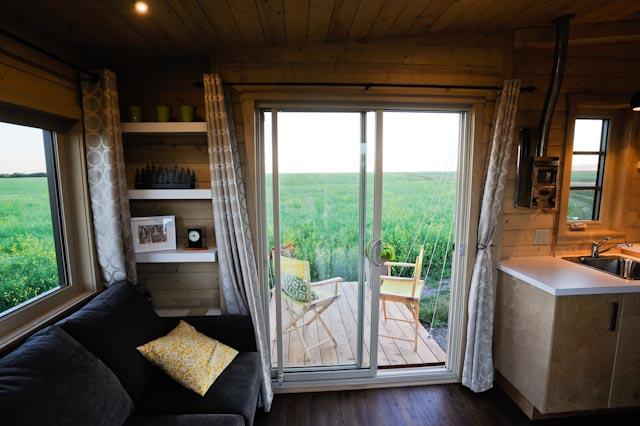 Tiny Home Designs: TINY HOUSE TOWN: The Dragonfly Tiny House