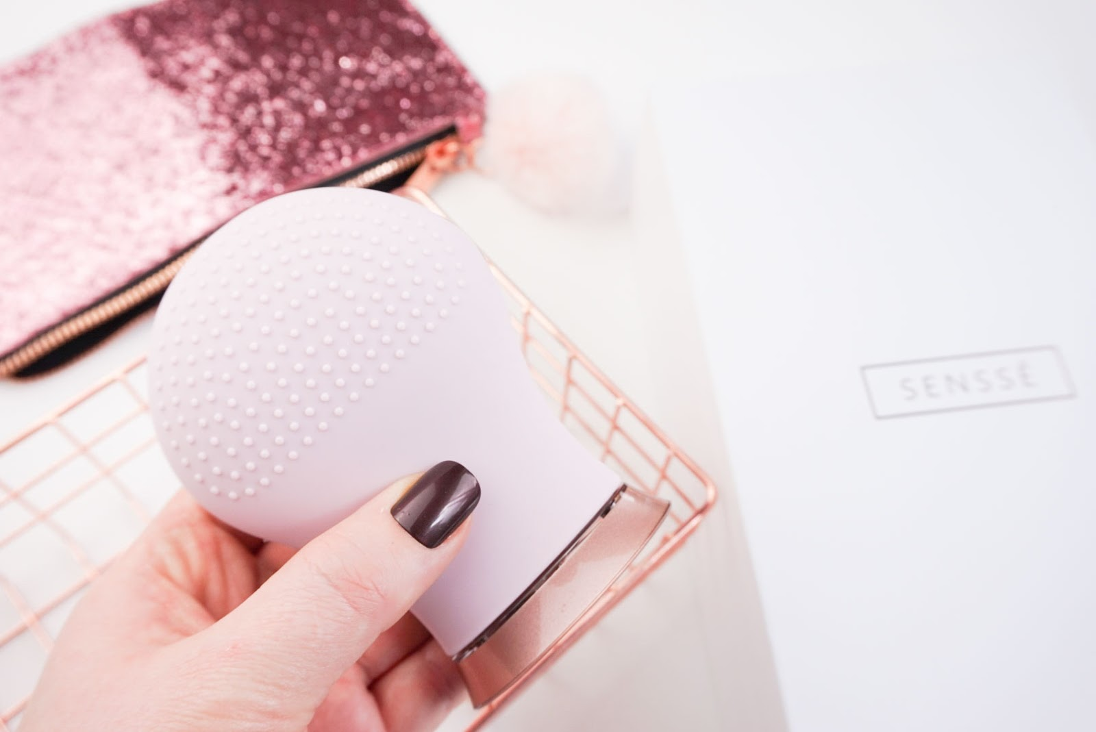 SENSSE Silicone Facial Cleansing Brush and Exfoliator Review