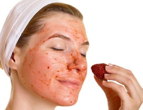 Masker Strawberry