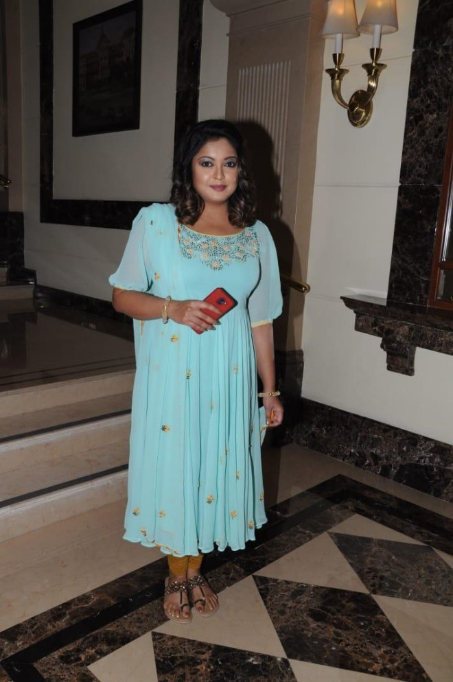 [Photos] Tanushree Dutta Looking Hot