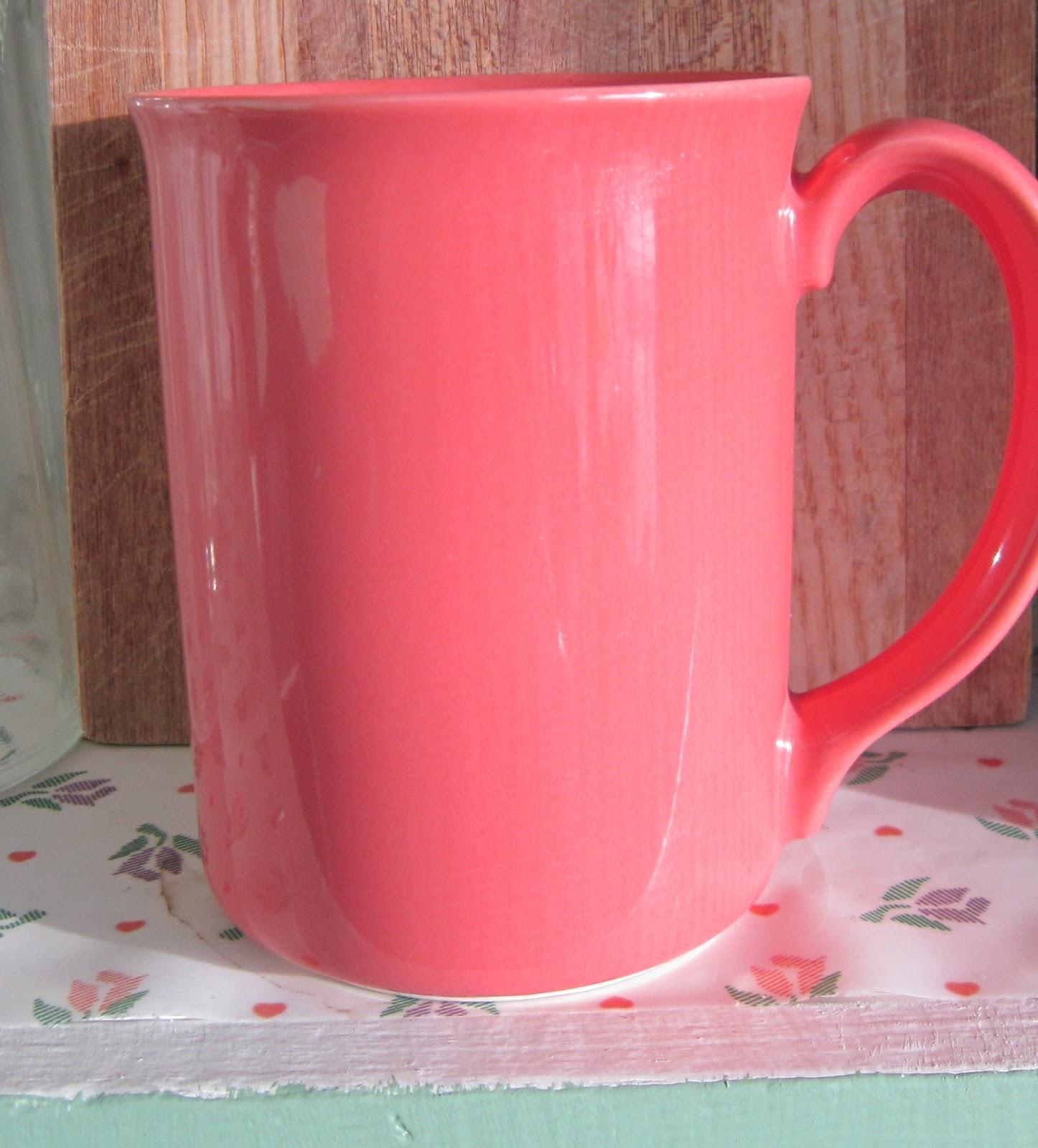 Kitchen Cabinet Cup Storage