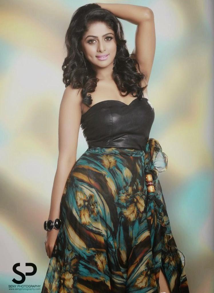 Telugu Actress Vinutha Lal Photoshoot Stills | Indian ...