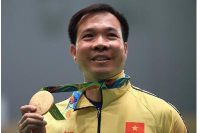 vietnamita Xuan Vinh Hoang