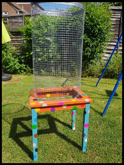 Using chicken wire to create a Giant Garden Kerplunk Game