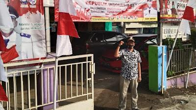 Kades KMB Subur Maryono Himbau warga apresiasi dan pasang Bendera Merah Putih