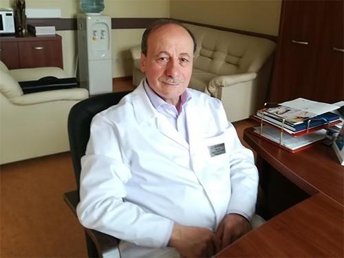 Ο, Ποντιακής καταγωγής, Χρήστος Ταχτσίδης έκανε την πρώτη μεταμόσχευση βιονικού ματιού στη Ρωσία