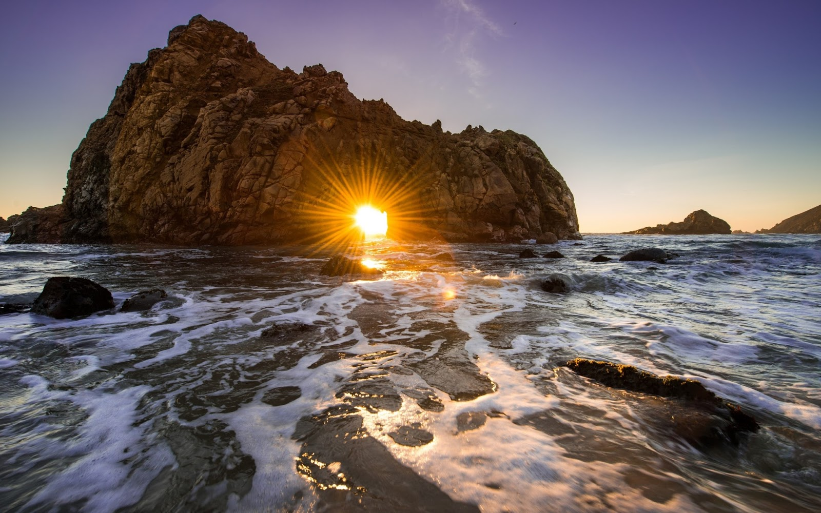Pfeiffer Beach, California HD Images