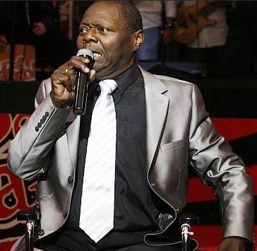 Foto de Pepe Vásquez en el escenario