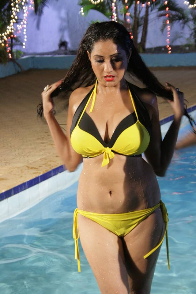 Download Bhojpuri Actress Rakhi Tripathi in Bikini HD Wallpapers - Latest Rakhi Tripathi Hot Pics, beautiful Images