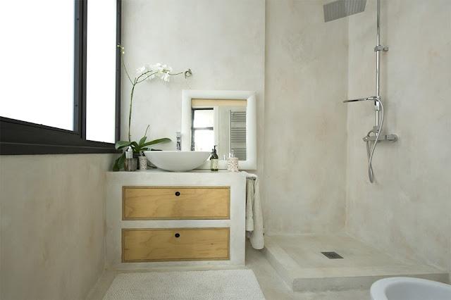 bagno-in-resina-bianca