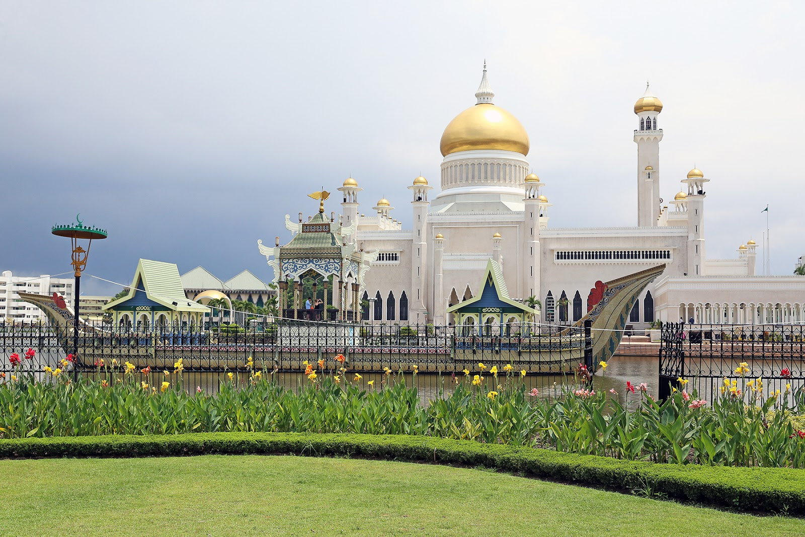Bandar Seri Begawan, Brunei Darussalam: A Day Trip in the