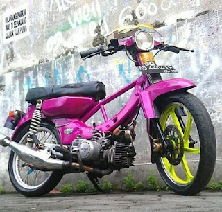 Yamaha V 75  motor lawas