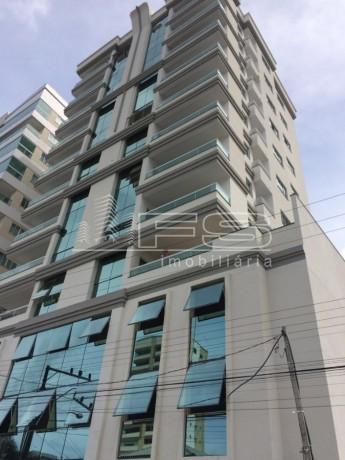 ENC: 1474 - Apartamento Novo com 3 suítes - 2 vagas individuais - Meia Praia - Itapema/SC