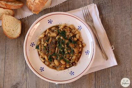 Soupe à l'italienne de haricots blancs aux cèpes