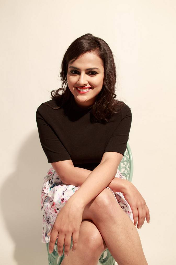 Actress Shraddha Srinath Photo Gallery