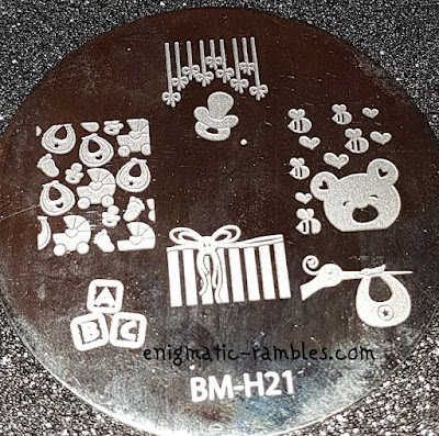 Review-Stamping-Plate-Bundle-Monster-Holiday-Collection-H21-BMH21