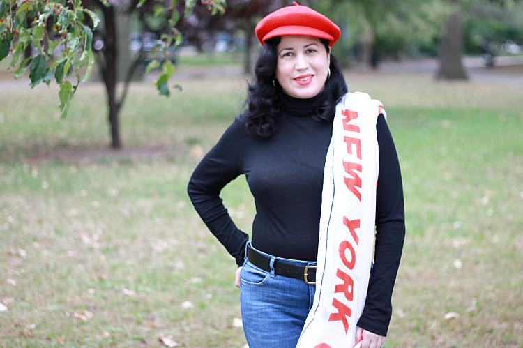 A Vintage Nerd New York Blogger Retro Vintage 1960s Fashion Inspiration Old Navy Scarves Tutorial