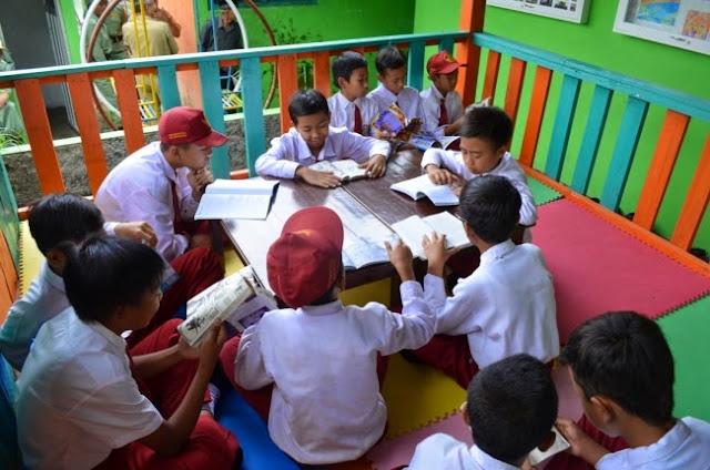 Nilai Komunikasi dan Informasi pada Perpustakaan Desa di Masyarakat