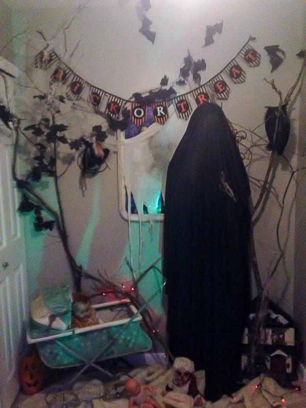 Freaky Halloween entryway