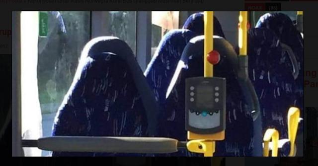 KONYOL! Akibat Terlalu Benci Islam, Kursi Bus Dianggap Muslimah Berjilbab