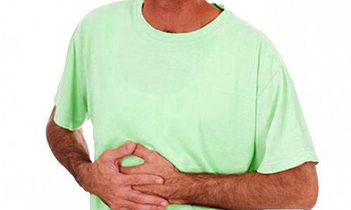 أفضل 10 علاجات منزلية تساعد في علاج عسر الهضم  .