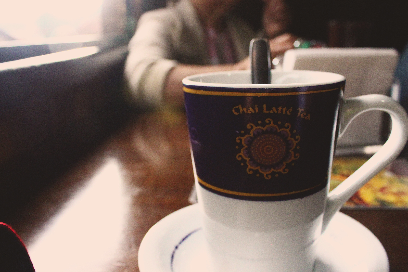 caneca chá chai latte
