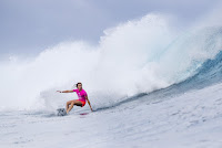 17 Courtney Conlogue Outerknown Fiji Womens Pro foto WSL Ed Sloane