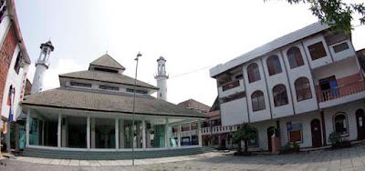 Sedikit Cerita Tentang Pondok Pesantren Darul Ulum Jombang