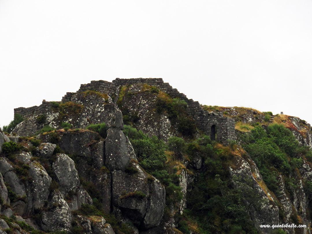 Castelo Castro Laboreiro - Parque Nacional Peneda-Gerês