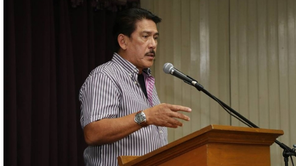 "Sotto suggests ""slight revision""of 'Lupang Hinirang'"