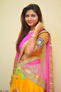 Lucky Sree in dasling Pink Saree and Orange Choli DSC 0373 1600x1063.JPG