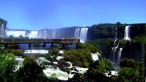 Vista panorâmica das Cataratas do Iguaçu