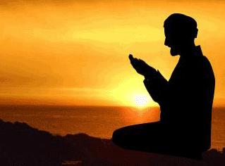 Mengapa Tangan Diangkat Ketika Berdoa