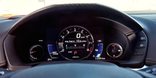 ホンダの新型「NSX」のインパネ。