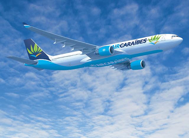 Avion Airbus Air Caraibes dans le ciel