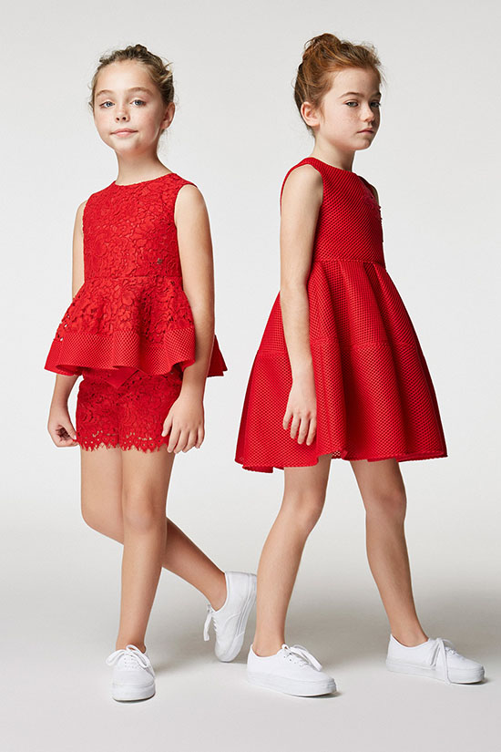 Moda en vestidos para niñas primavera verano 2018.