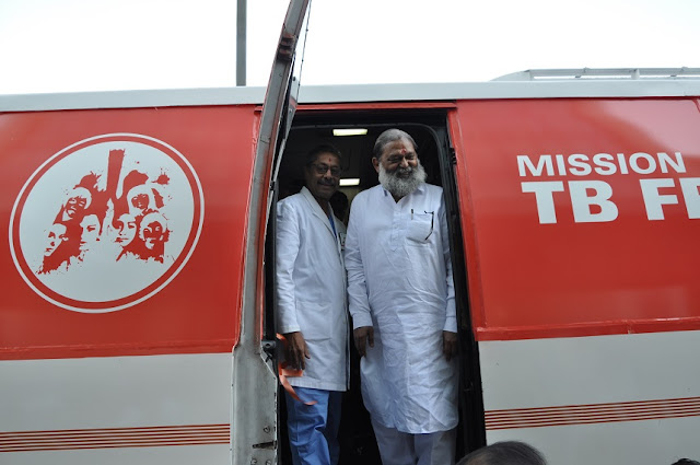 Hon'ble Minister of Health, Shri Anil Vij and Dr Naresh Trehan launched 5 vans for Mission TB Free Haryana today at Medanta